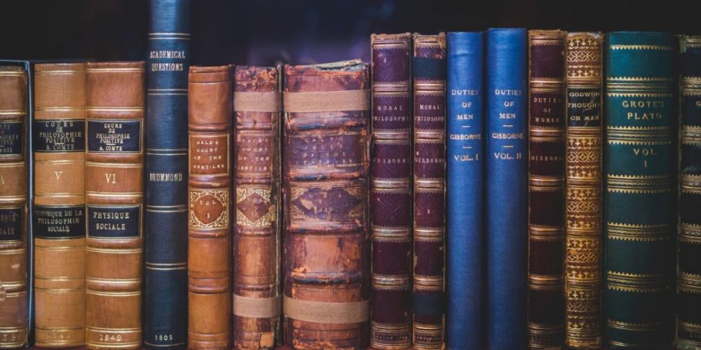 St_Johns_Classroom_Literature